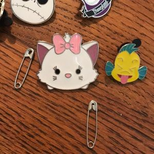 Disney Jewelry - PARIS Disneyland Aristocats Kitty Cat Pin